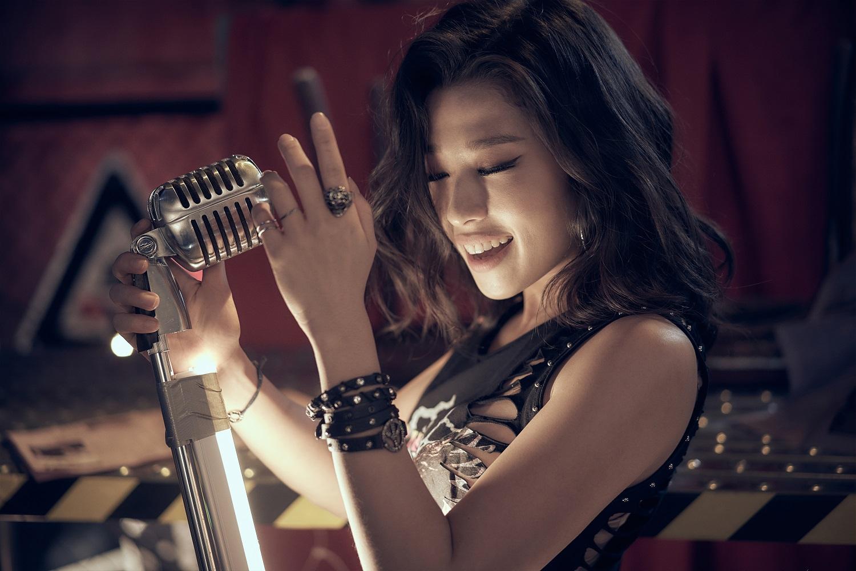 2020 뮤지컬 렌트 컨셉 사진_모린(전나영) (3) - 작은용량
