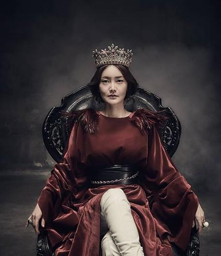 [김선영] 햄릿 프로필 의자